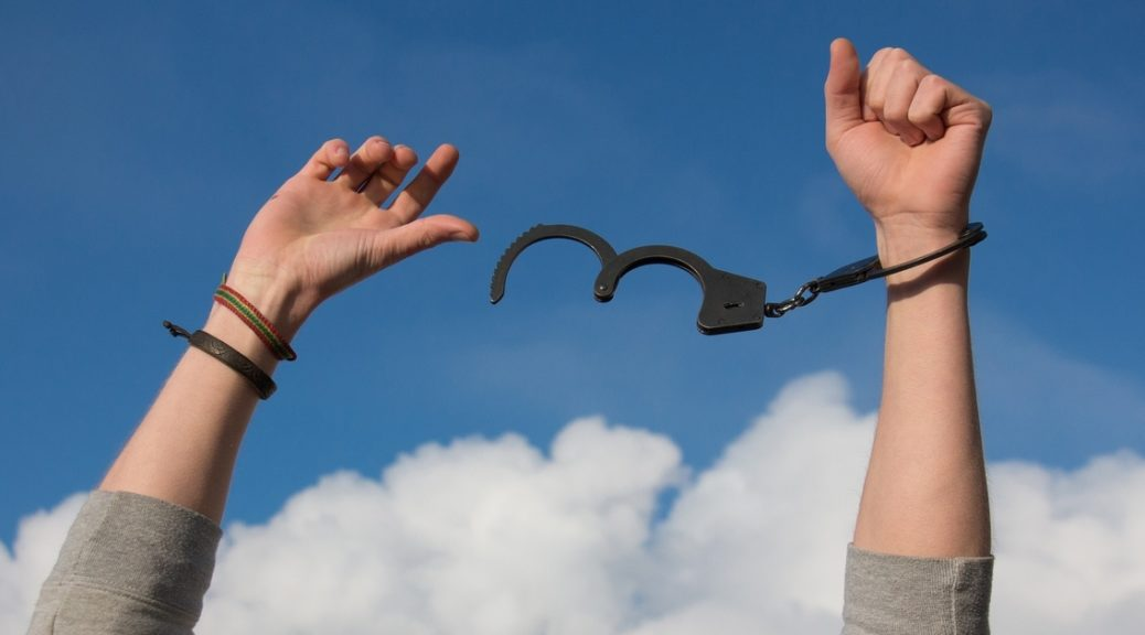 4 Common New Blogger Limiting Beliefs to Release